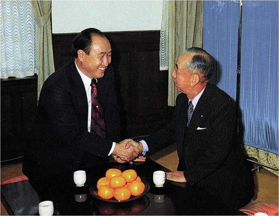 岸信介元首相と文鮮明師
