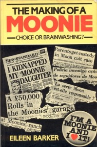 """1984年4月に出版された""""The Making of A Moonie: Brainwashing or Choice?""""の表紙"""