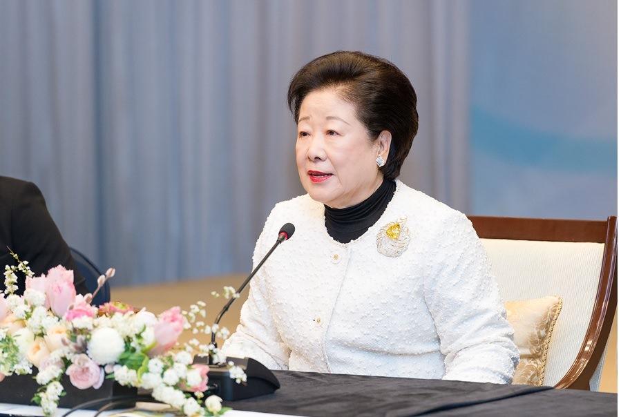 第24回ICUSでメッセージを語られる韓総裁